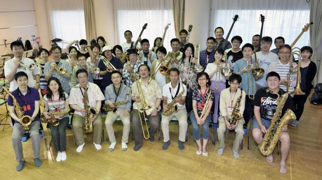 ARAKAWA JAZZ楽団2018(修正).jpeg